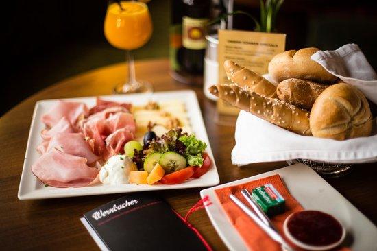 Cafe Wernbacher: Frühstück