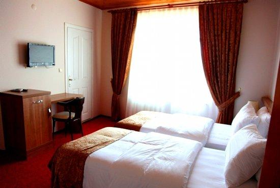 Heyamola Resort
