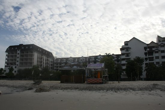 Bayu Beach Resort Port Dickson: The other side of the hotel