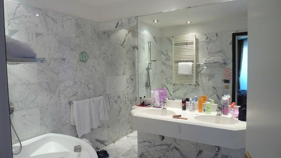 Hotel Admiral Palace: bagno