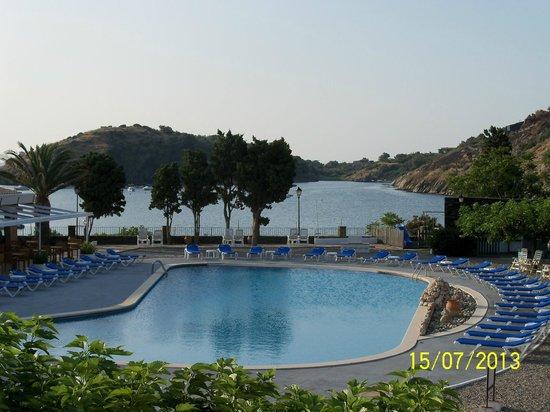 Hotel Calina : Habitación con vistas al mar.