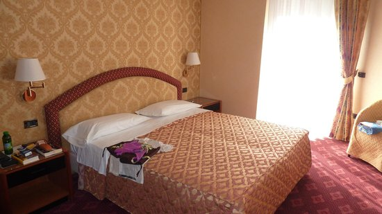 Hotel Admiral Palace: letto