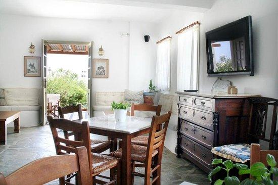 Hotel Vidalis: lounge details