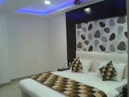 Hotel Arjun : room