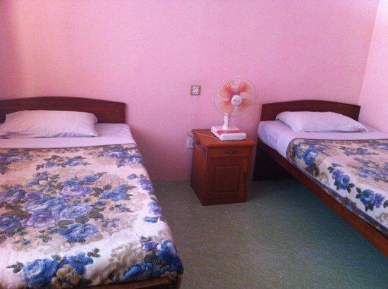 Gypsy Inn: Twin room
