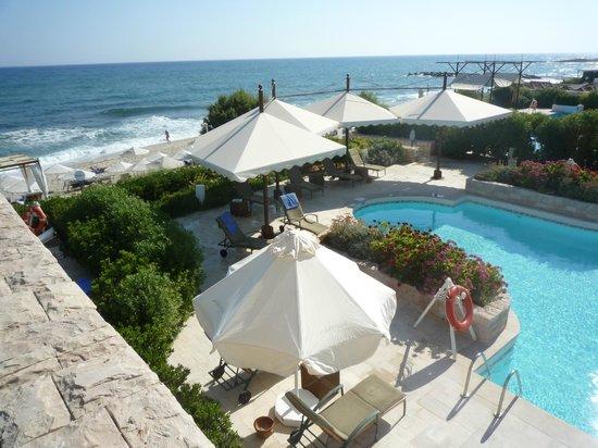 Vue piscine picture of aldemar royal mare thalasso for Thalasso quiberon piscine