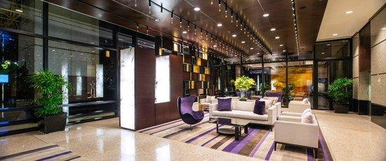 Emporium Suites by Chatrium: Lobby