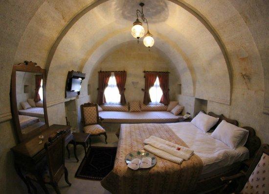 Fairyland Cave Hotel: Room No. 102