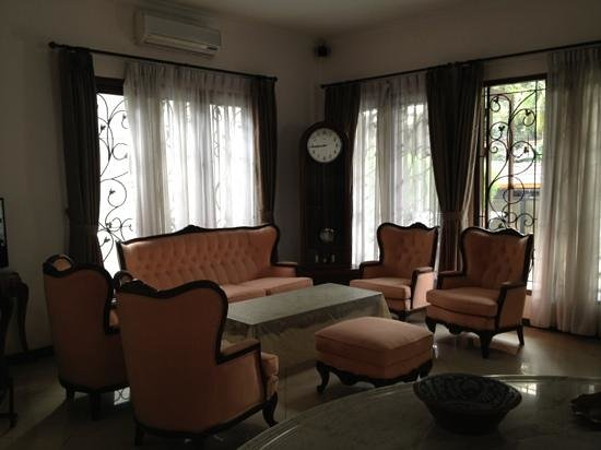 Shraya Residence : living room