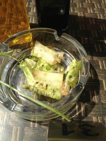 Cafe Brera: lettuce leaf / salad
