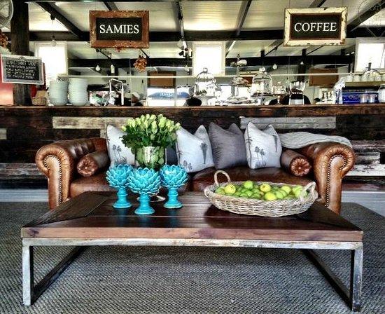Brenaissance Wine & Stud Estate: Café Blanc de Noir