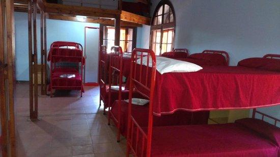 Albergue Juvenil San Rafael: habitación