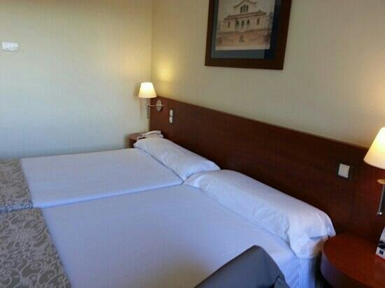 Tryp Valencia Almussafes Hotel: camera