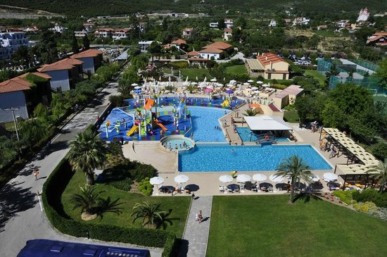 Cronwell Platamon Resort: Splash Park