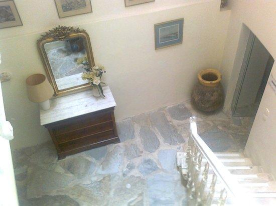 Hotel Omiros: Hallway Omiros