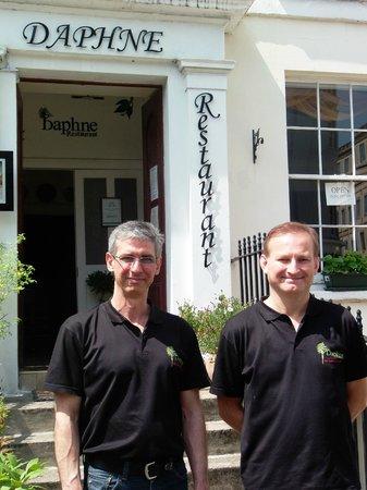 Daphne Restaurant: Mine hosts