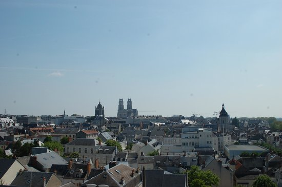 Mercure Orléans Centre : View of the Cathedral from our room