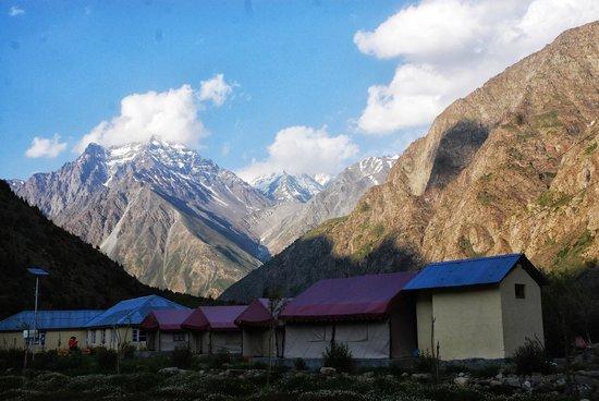 Padma Lodge: tents