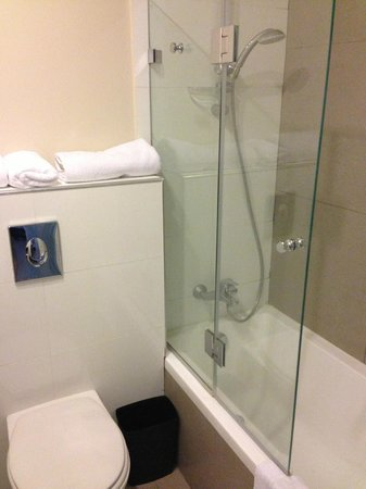 Hillel 11: Bath