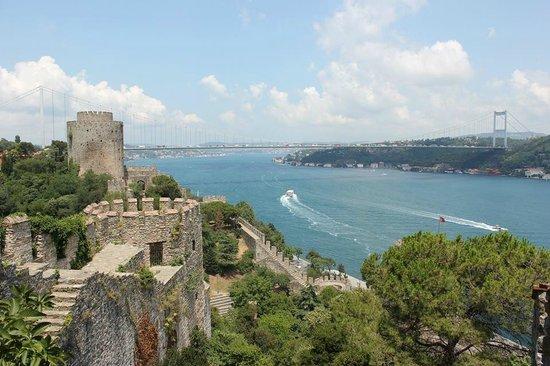 Rumeli Hisarı (Festungsanlage): Plenty of stunning views in the fortress