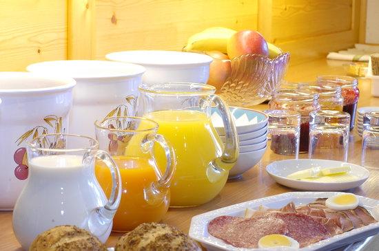 Haus Iris: Frühstücksbuffett