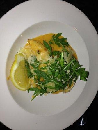 Trevi Fountain Italian Restaurant: Chicken (Scallopes removed) Expressa $32.90 - Average