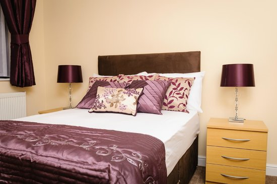 Luxe Serviced Apartments: Bedroom