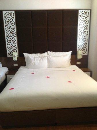 Rising Dragon Palace Hotel: hotel