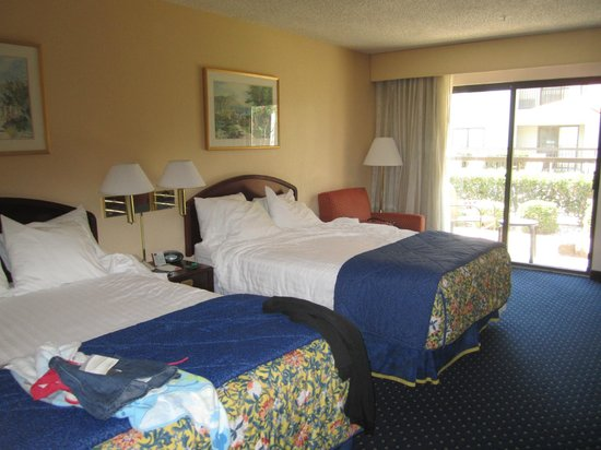 Courtyard Dallas DFW Airport North/Irving: Bedroom - Double Beds