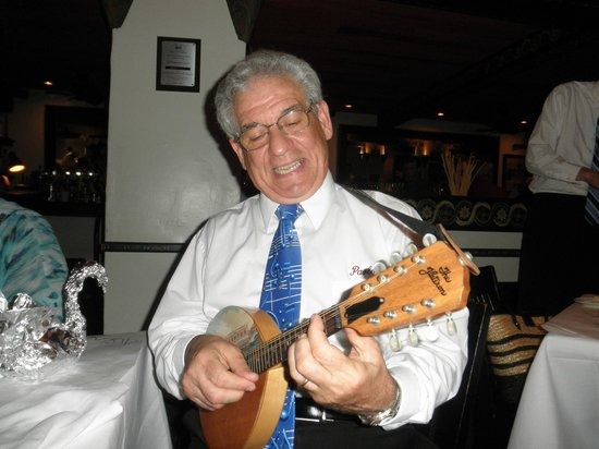 Rosalie's Cucina: Authentic Live Music