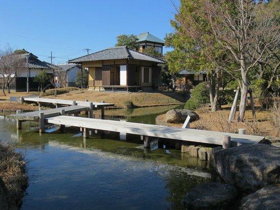 Tanaka Castle: 庭園内