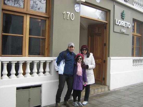 Hotel Loreto: Em frente ao Hotel