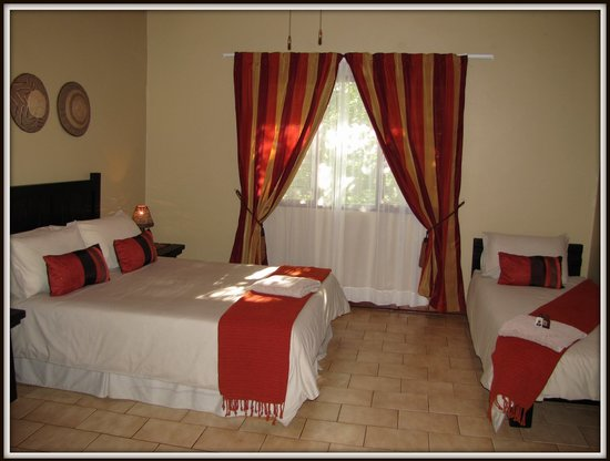 African Spirit Game Lodge: Family room - Self Catering house