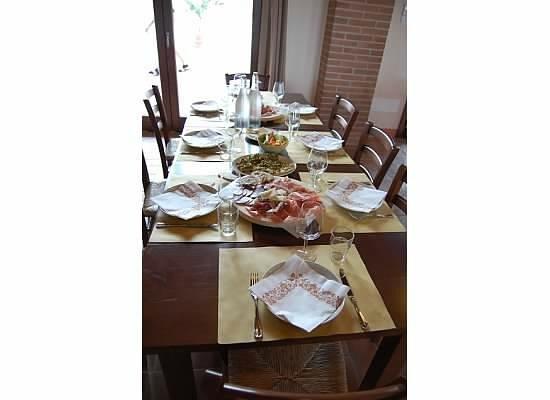 Collina Dei Poeti: wine tasting with food