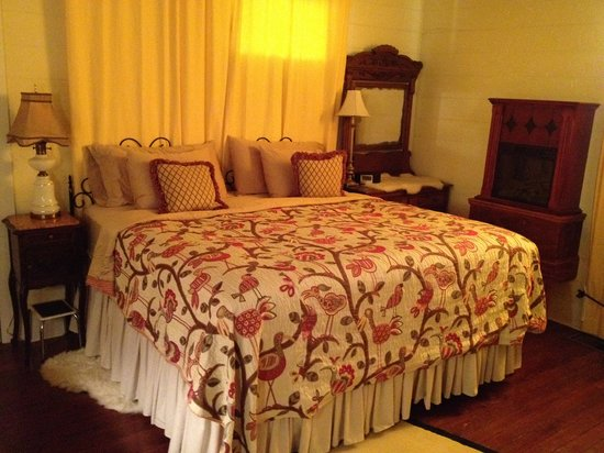 Murski Homestead B&B: Rosemary Room
