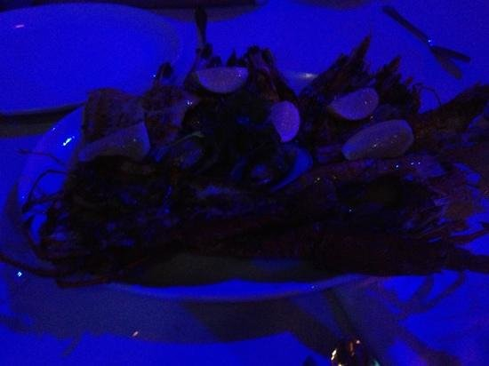 Cargo Hold Restaurant: seafood platter for two