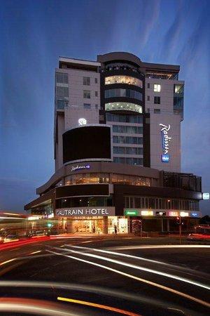 레디션 블루 가트레인 호텔