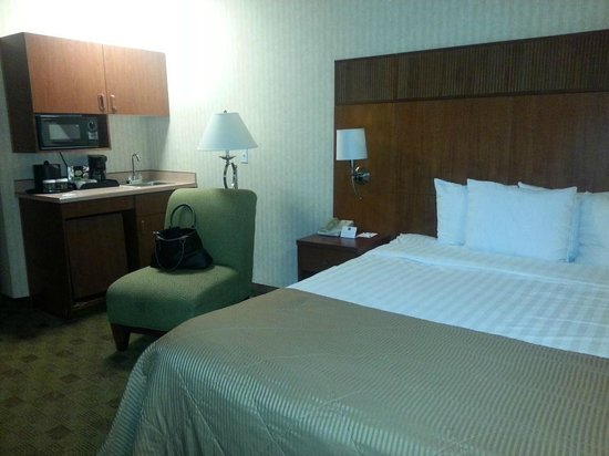 Clarion Hotel Portland Airport: Room