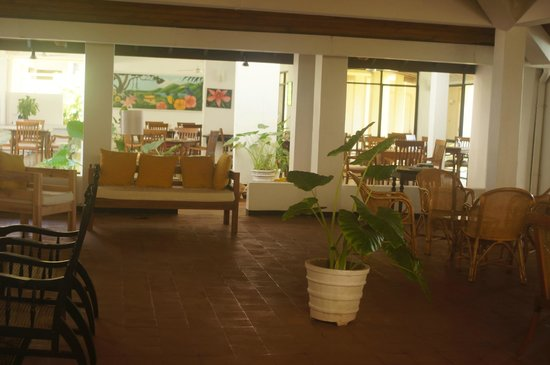 Sanmali Beach Hotel: The Reading Place/Reception/TV Room