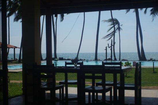 Sanmali Beach Hotel: Restaurant View