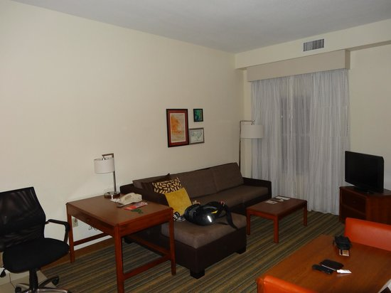 Residence Inn Orlando Convention Center: Sala de tv