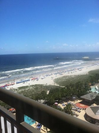 Embassy Suites by Hilton Myrtle Beach-Oceanfront Resort : room 1104