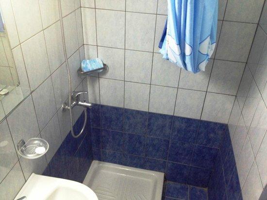 Sylvia Hotel: doccia