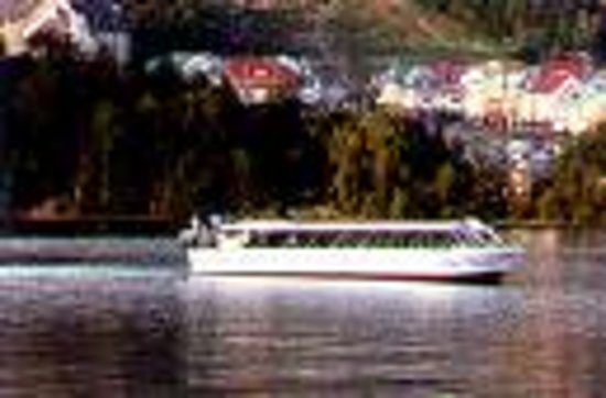 Hotel Vacances Tremblant : What to do Cruise on Lake Tremblant