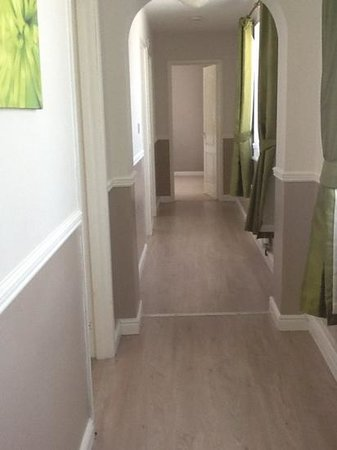 Watermouth Lodges: our hallway in chestnut 21