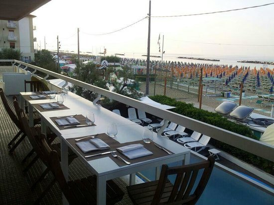 Hotel Ermitage: Terrazza sala da pranzo