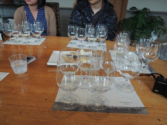 Scarborough Wine Co: Wine tasting at Scarborough