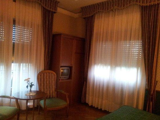 Villa Belvedere - Florence: room setting