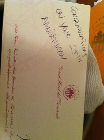 Grand Hotel del Gianicolo: The card from the staff