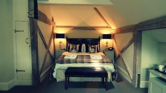 The Victoria Inn: Room 9